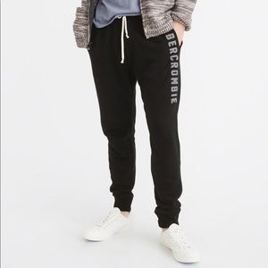 🌟Abercrombie & Fitch joggers 🌟